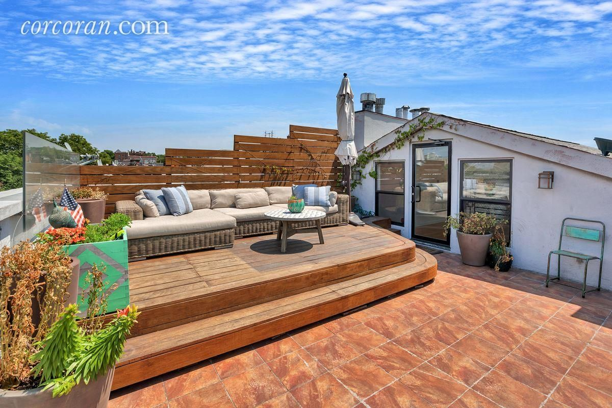 Location and a Roof Deck With a View Elevate This 1.5M
