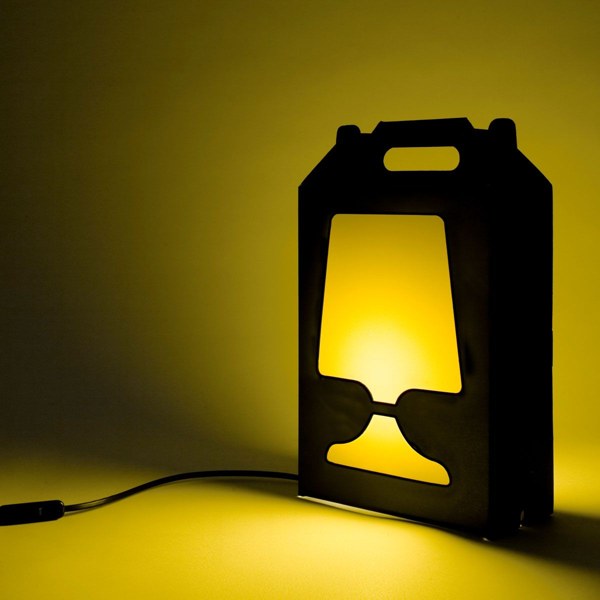 Iconic Lamp Design Flamp Noir Lamp Cable And Socket Come Within