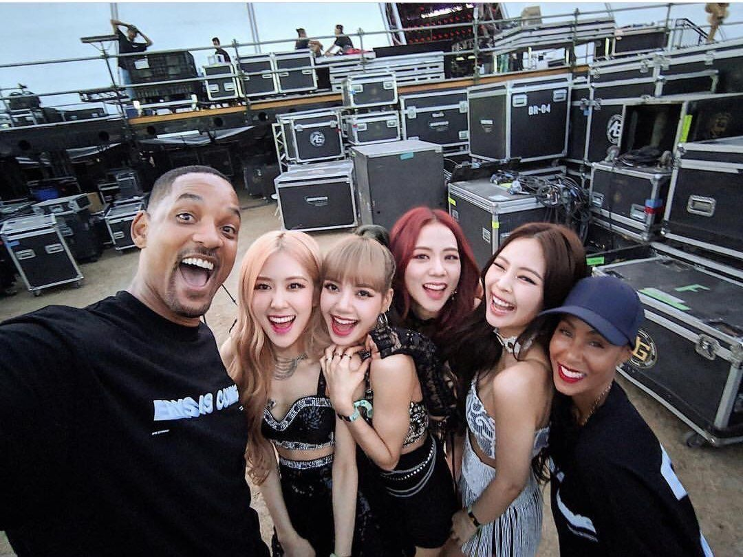 Blackpink With Will And Jada Pinkette Smith Blackpink Blackpink Jisoo Will Smith