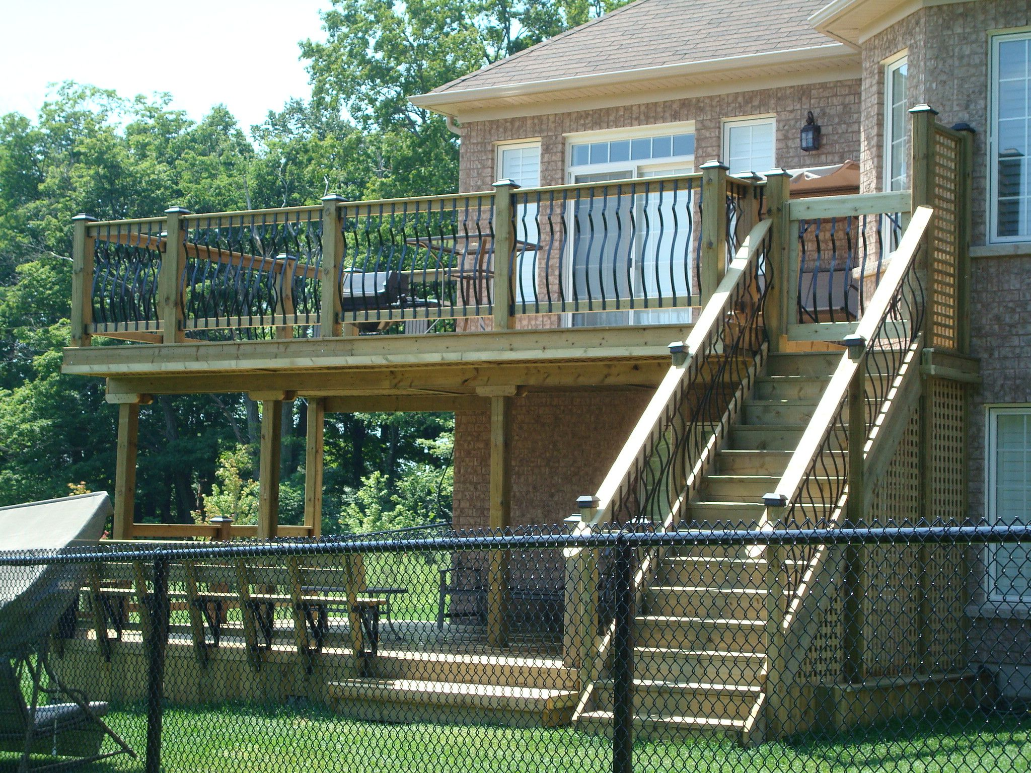 Huge second story deck for the home pinterest second for Two story deck
