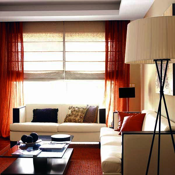 Diez ideas para combinar cortinas y estores shades blinds - Estores para salon ...