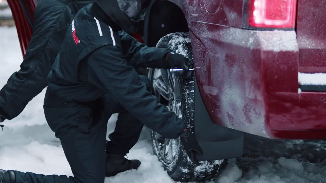 Weathertech Christmas Commercial 2020 Pin on abancommercials US Commercials Spots