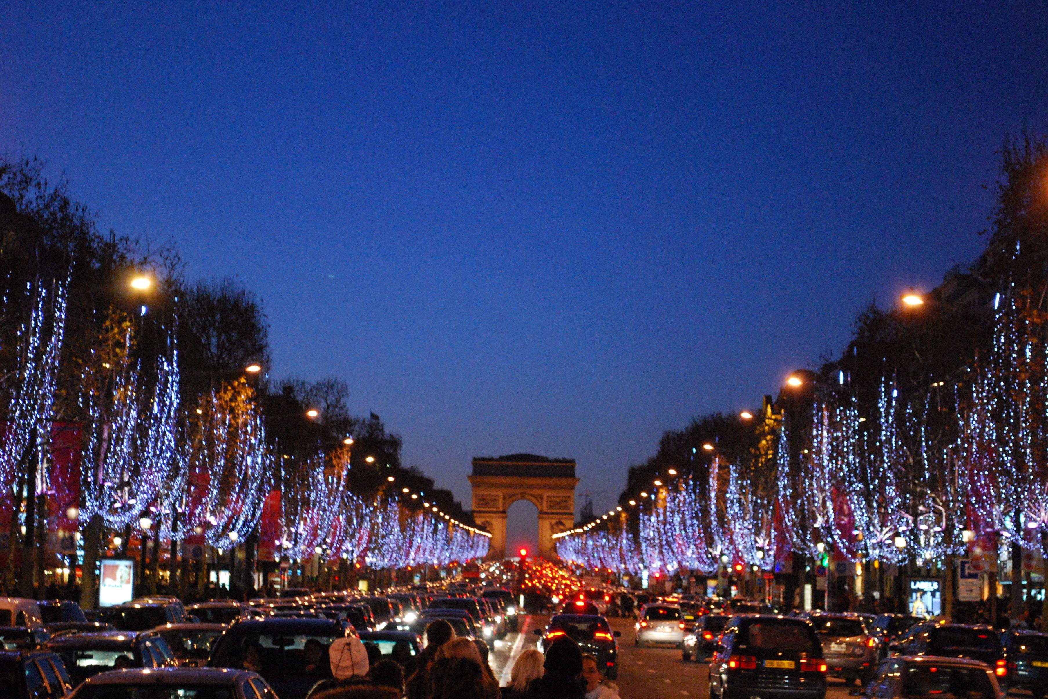 Paris Christmas Christmas In Paris Paris In December Paris