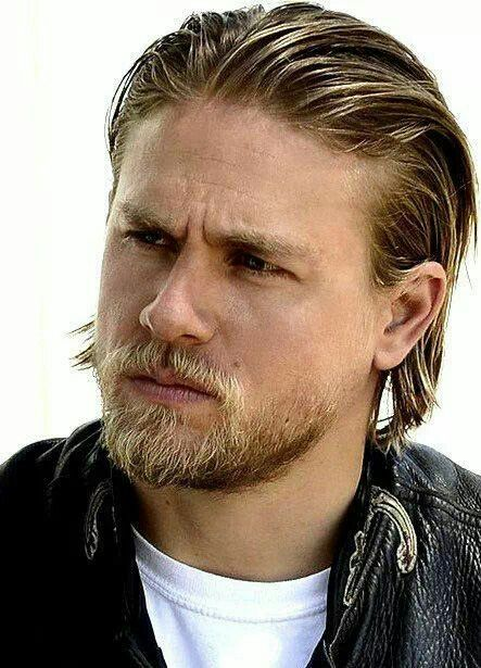 Jaxs is so yummy (With images) | Charlie hunnam, Sons of ...