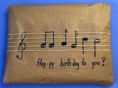 Geburtstagsgeschenke verpacken … #musicnotes