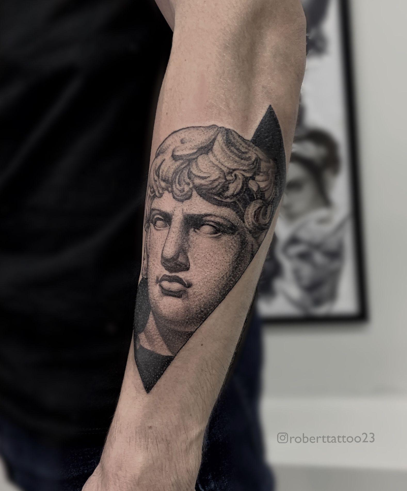 #roberttattoo23 #tattoonsk #tattoo #tattoos #tattoed #ink #inked #tattoogermany #tattoouk #tattoospain #darkartists #besttattoo #realism #tattoopoland #czechtattoo #blacktattoo #lettering #swedentattoo #tattoorealism #tattoonederland #finlandtattoo #tattoousa #татуэскиз #realistictattoo #tattoofrance #татуновосибирск