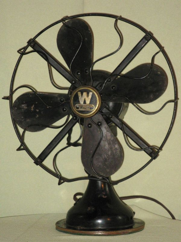 People Using Electric Fan : Vintage westinghouse electric oscillating fan ca s