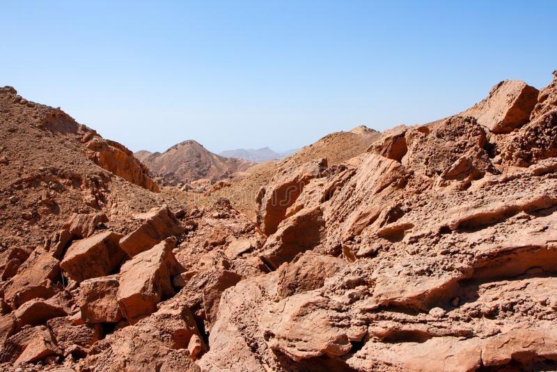Rocky Desert Landscape Near Eilat In Israel Red Rocky Desert Landscape Near Eil Spon Landscape D Desert Aesthetic Desert Landscaping Desert Photography