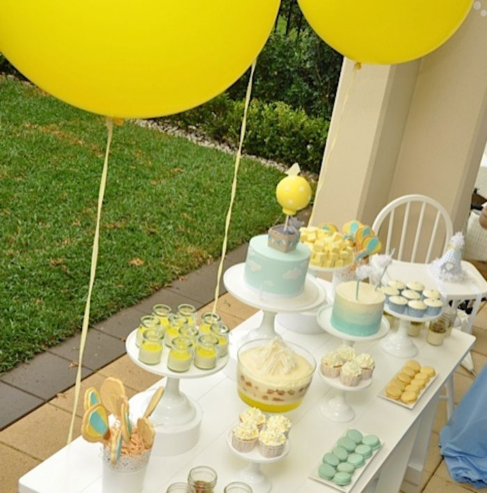 Hot Air Balloon First Birthday Party {Planning, Ideas, Decor, Cake ...
