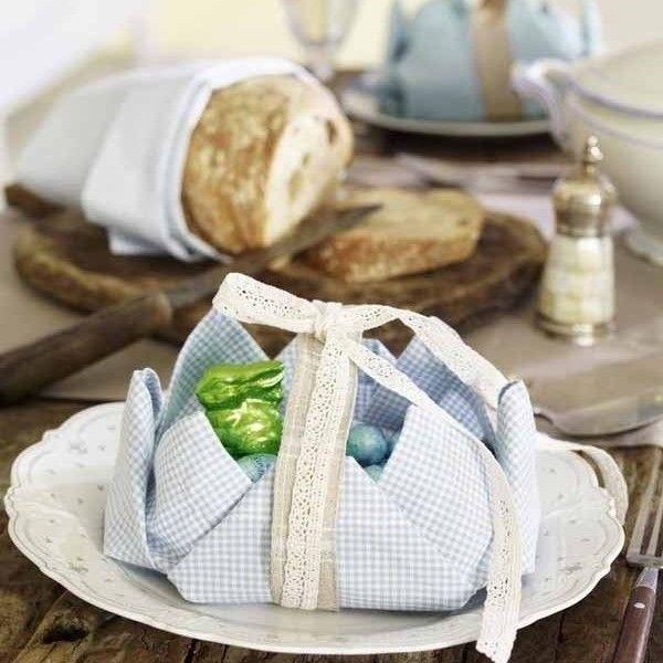 servietten falten dekoration pinterest servietten falten servietten und ostern. Black Bedroom Furniture Sets. Home Design Ideas