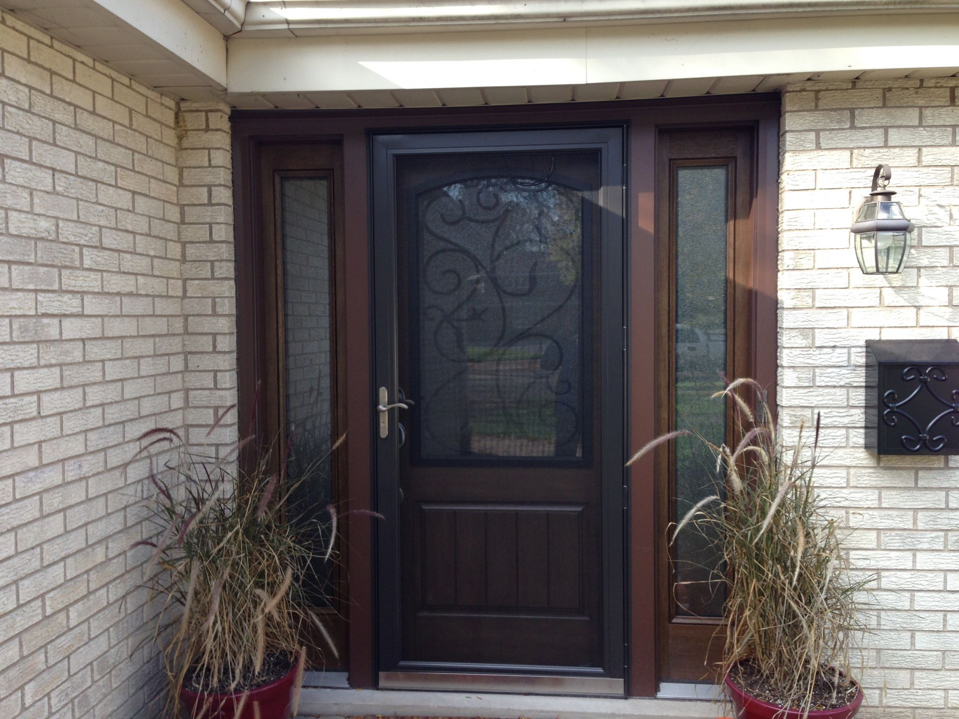 Thermatru entry door installed by opal enterprises entry for Screened front entry