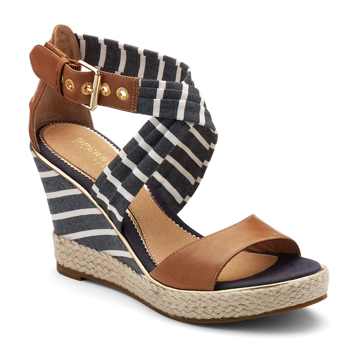 Sperry..some days i wish it were practical for me to rock a cute wedge/heel/you name it.. #6footproblems