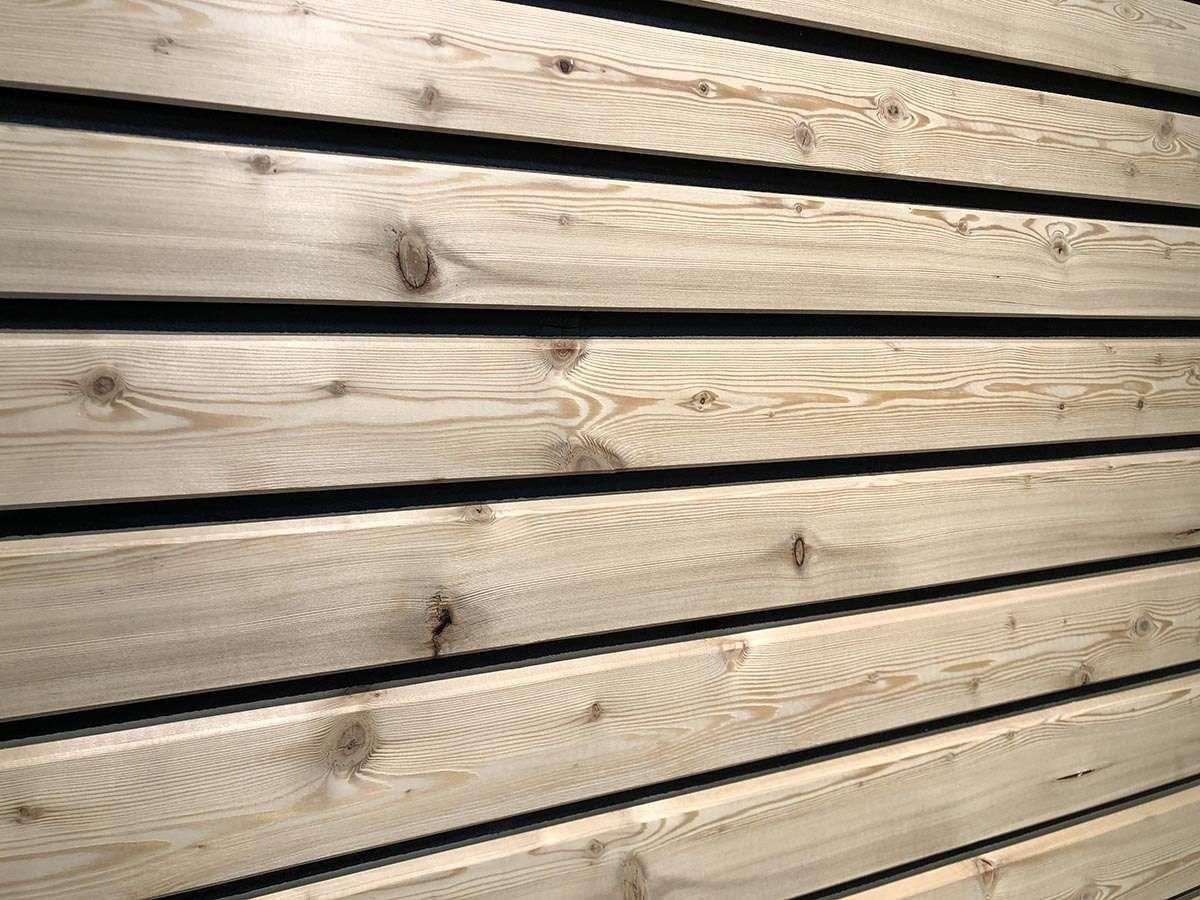 Finden Sie Ihre Fassadenverkleidung Bei Holz Braun In Reutlingen Schnelle Und Einfache Montage Mit Easy Rhombus F Fassadenprofile Fassade Fassadenverkleidung