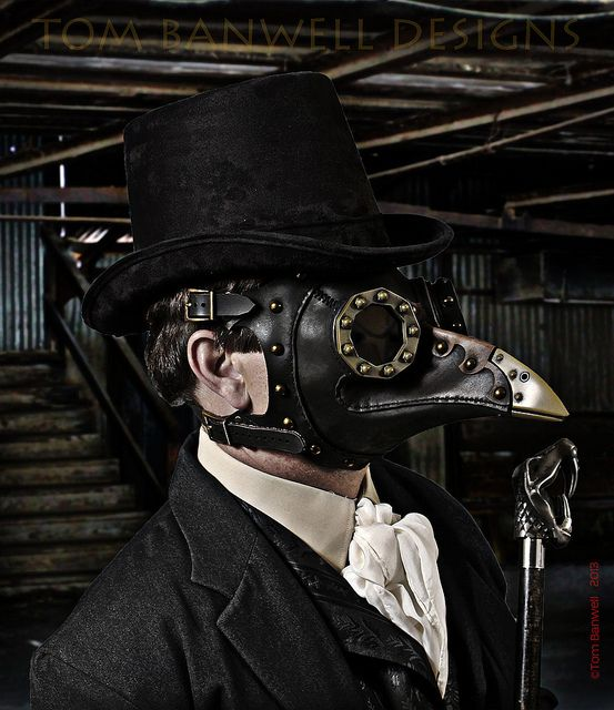 Dr. Beulenpest at Empire Mine by Tom Banwell, via Flickr. Tom Banwell also shares techniques, that is very smart !