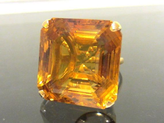 Vintage1960s 18K Solid Yellow Gold 20ct Golden Citrine Ladies Ring Size 5.5  ------> Never gonna happen, but BEAUTIFUL!
