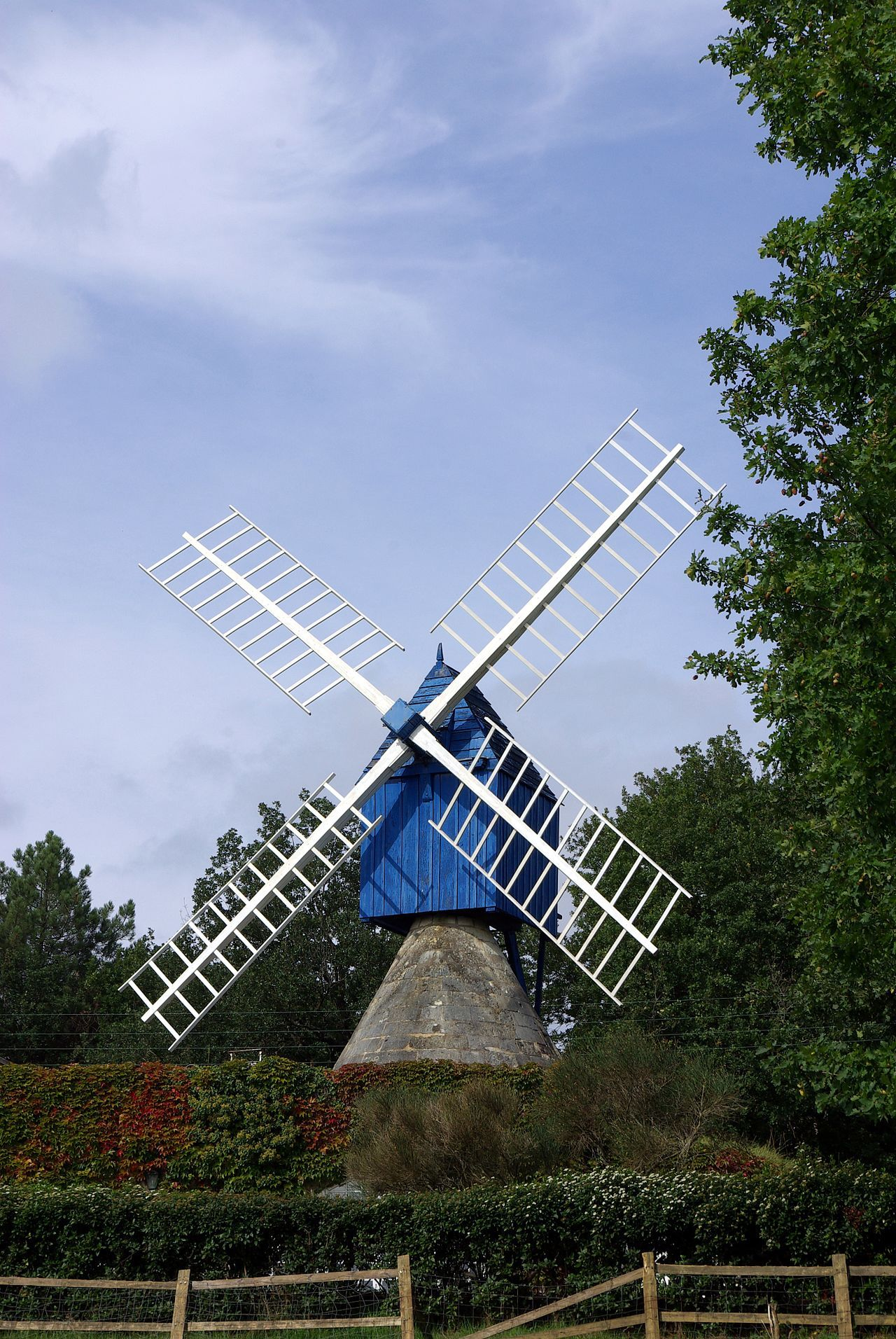 List Of Windmills In France Wikipedia Indre Et Loire Le Moulin Monuments Historiques