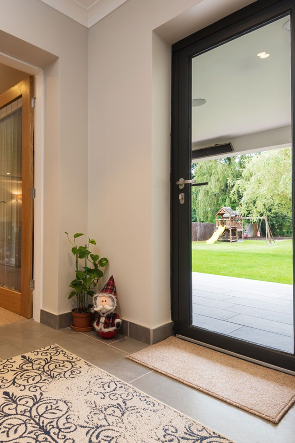 We Pride Ourselves On Slim Profiles Allowing You To Enjoy As Much Of Your View As Possible Bifold Doors Windows 20 Windows