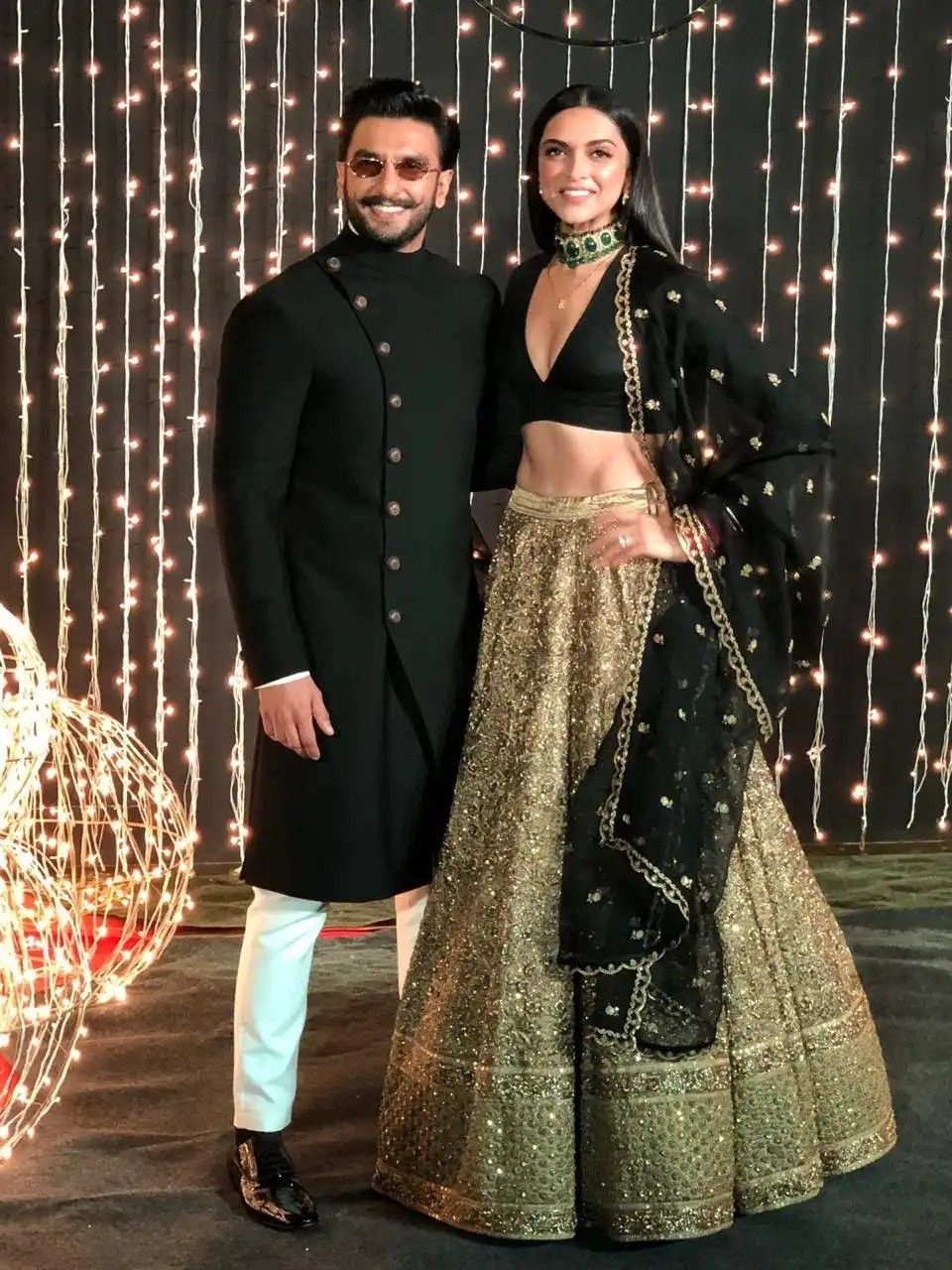 Deepveer Looking Absolutely Stunning At Priyanka And Nick Jonas Reception Wedding Dresses Men Indian Indian Wedding Outfits Groom Dress Men