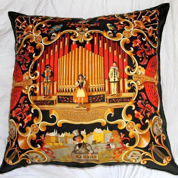 Cuscini Hermes.Hermes Scarf Pillow