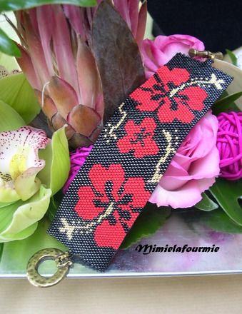 Bracelet manchette perles Miyuki : Tissage peyote à l'aiguille avec de la micro perle de verre de haute qualité, sur le thème des fleurs de Tahïti. Longueur sans fermoir 1 - 17296377