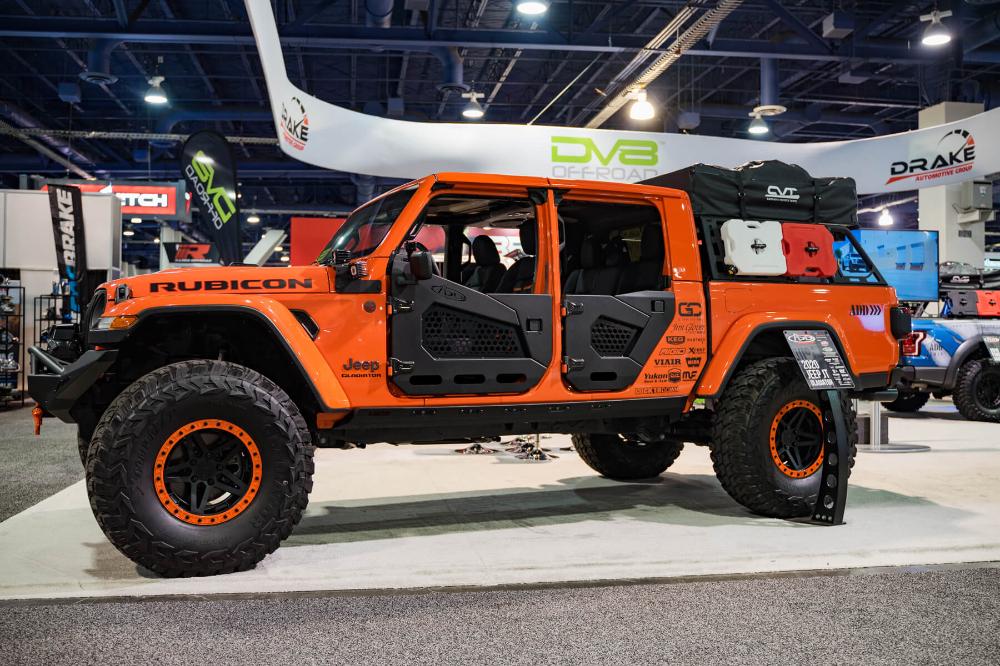 Sema Show 2019 Addictive Desert Designs In 2020 Jeep Gladiator Desert Design Jeep