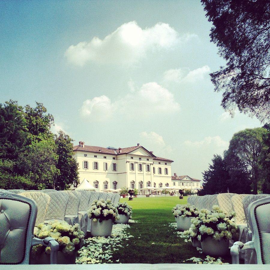 Matrimonio civile nel parco, fiori, villa | Wedding