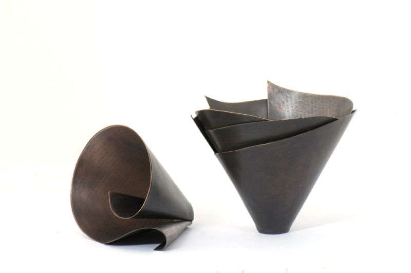 Small curved vessel and triple layered vessel.jpg 800×531 pixels