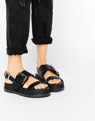 ASOS FRAYER Chunky Buckle Sandals €33