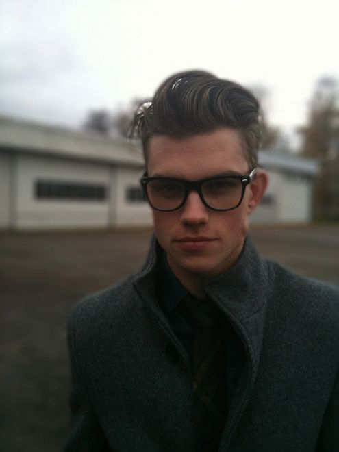 33 Cute Guys Wearing Glasses   Good Boys   Hair styles, Haircuts for ...