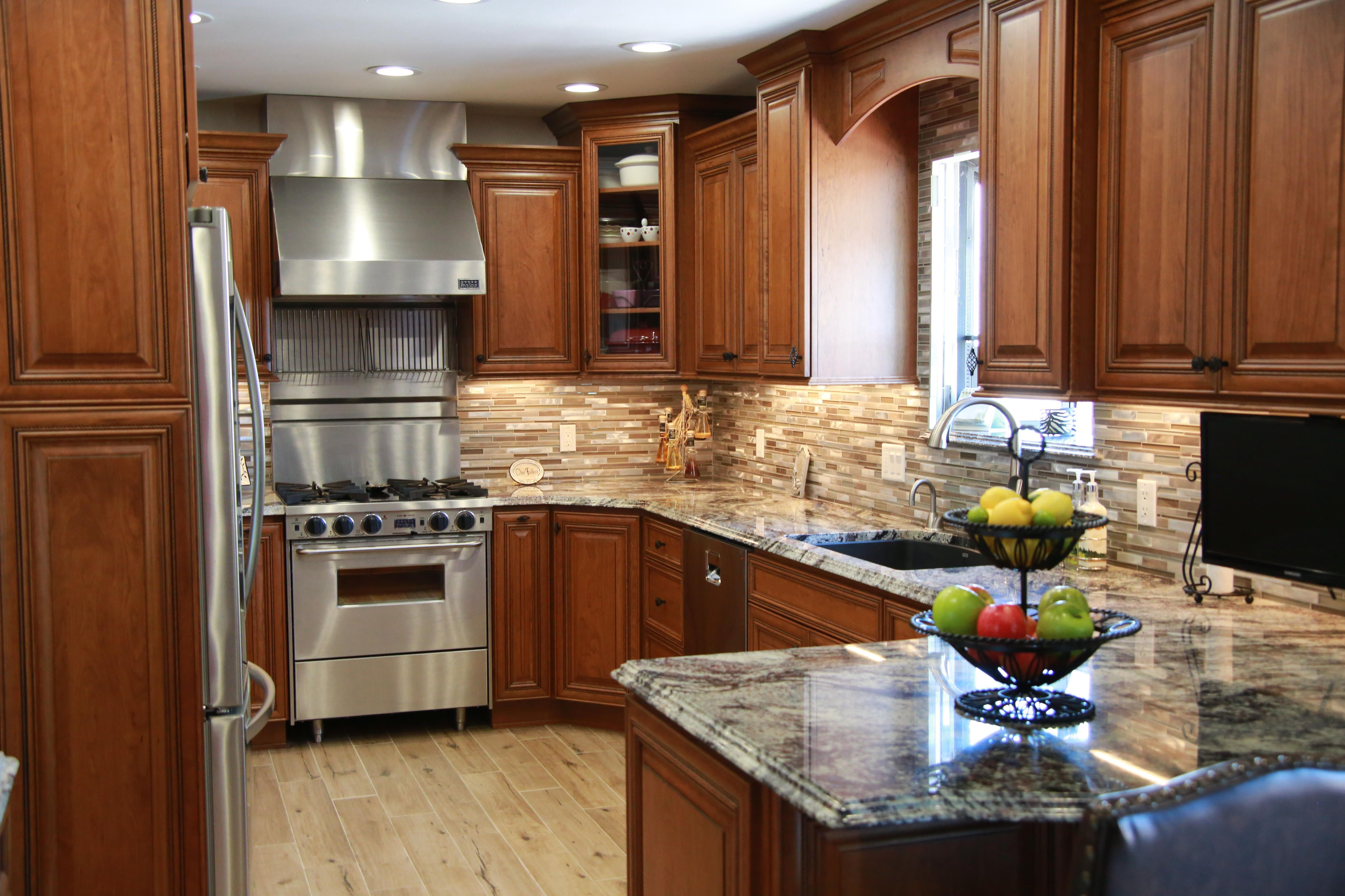 Serena In Toffee With Chocolate Glaze On Cherry Kitchen Dining Cabinetry Custom Cabinetry