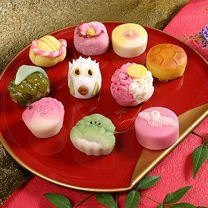 cute Japanese cakes  縁起物上生和菓子セット 縁起物上生和菓子    shiro-bara.com
