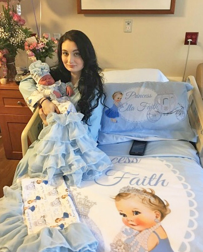 Matchymatchy delivery room decor is a thing now Mum's