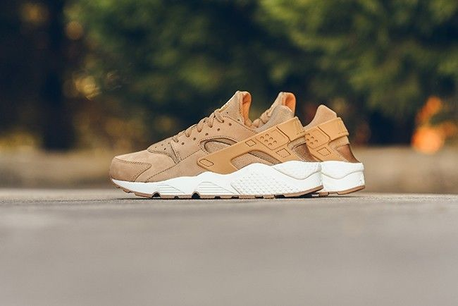 3f3dd42317308 Nike air huarache -  flax pack  sail-gum-medium brown