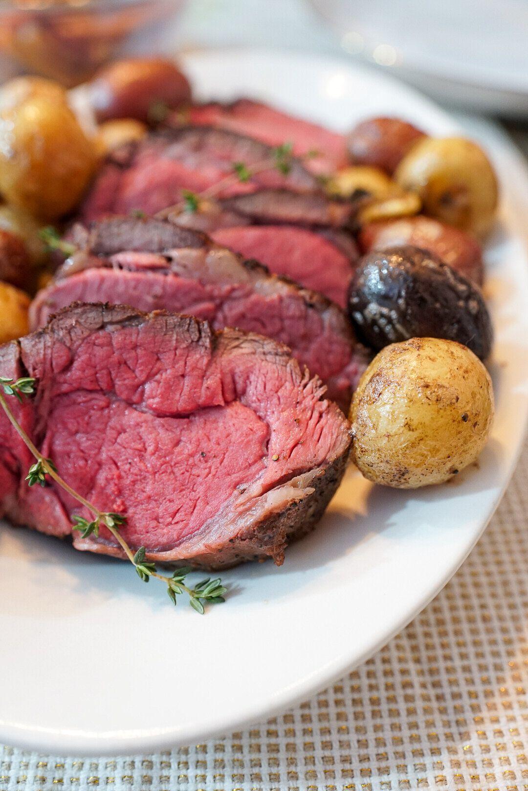 Chateaubriand Recipe Sous Vide Filet Mignon Roast Recipe In 2020 Filet Mignon Roast Chateaubriand Recipe Roast Beef Recipes