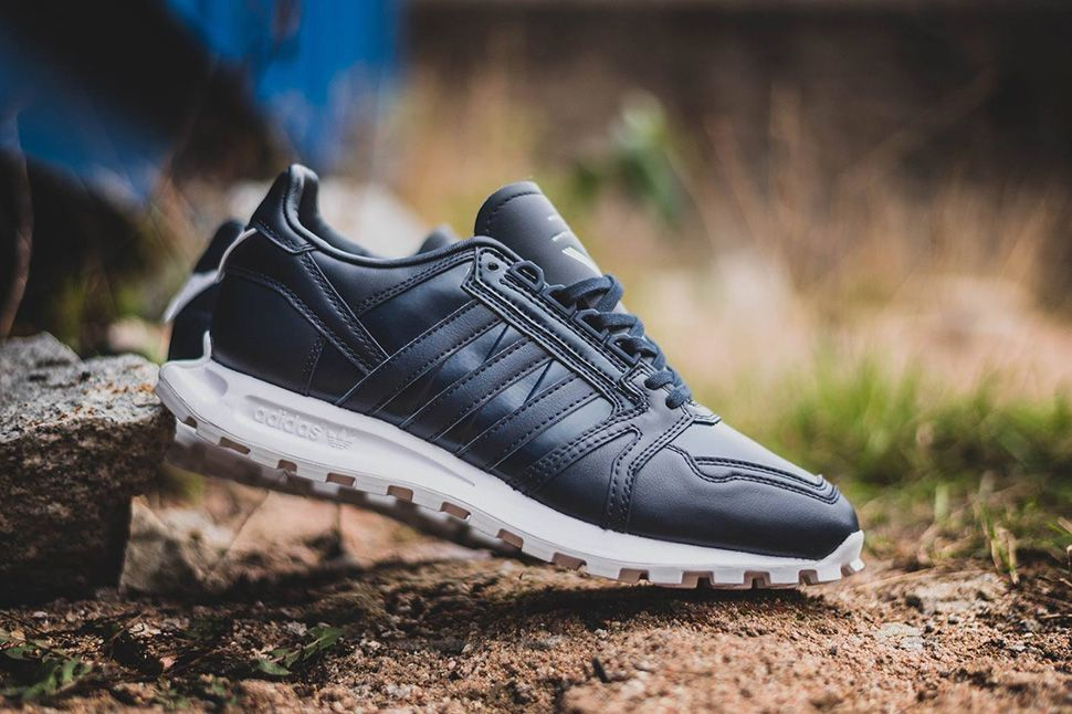 White Mountaineering x adidas Racing 1 | Tenis