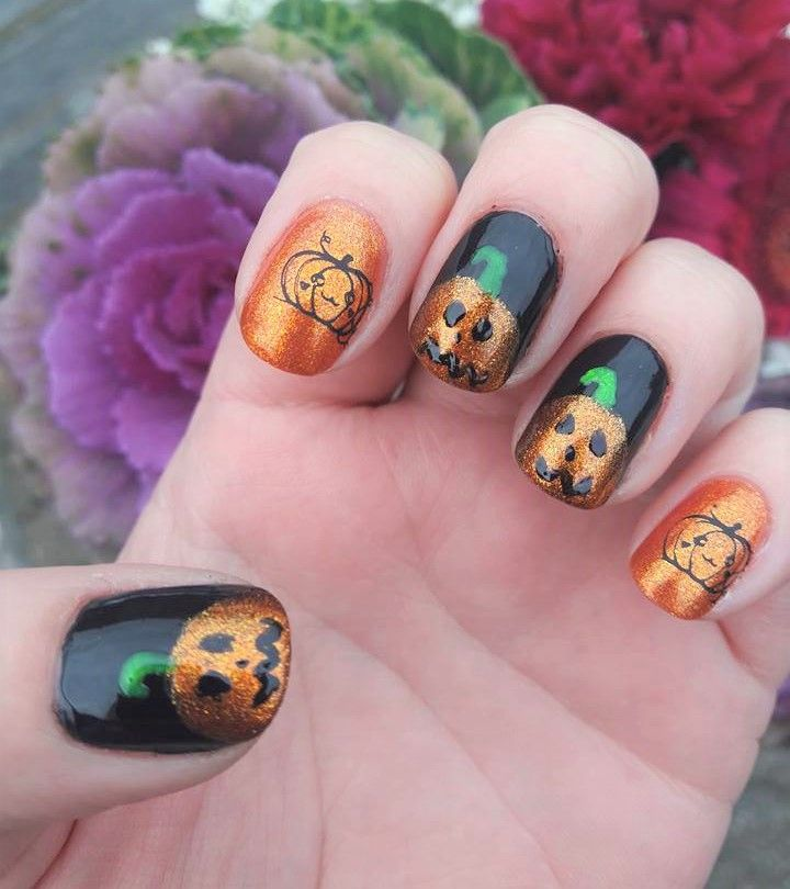 Some cute Halloween pumpkin nails-to see how I did these ...
