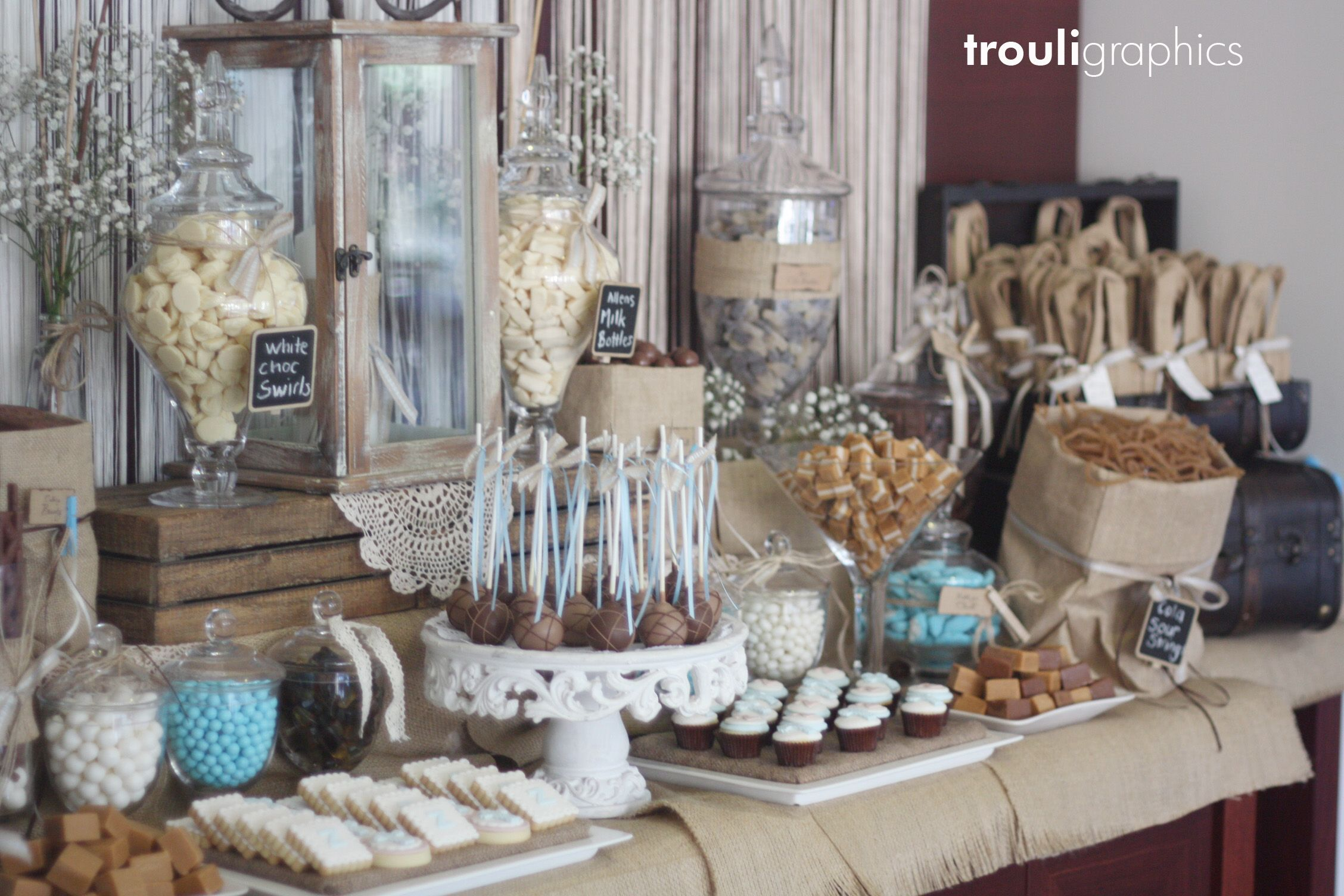 Candy Buffet designed by Trouligraphics