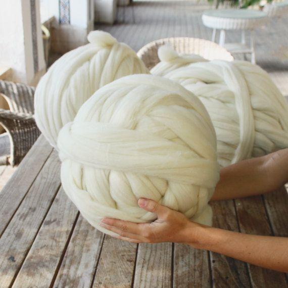 pelote de laine de moutons m rinos xxl 100 naturel et de b jar espagne taille et poids de 1. Black Bedroom Furniture Sets. Home Design Ideas