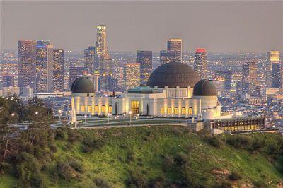 O Parque Griffith, situado nas montañas de Santa Mónica, e cunha ...