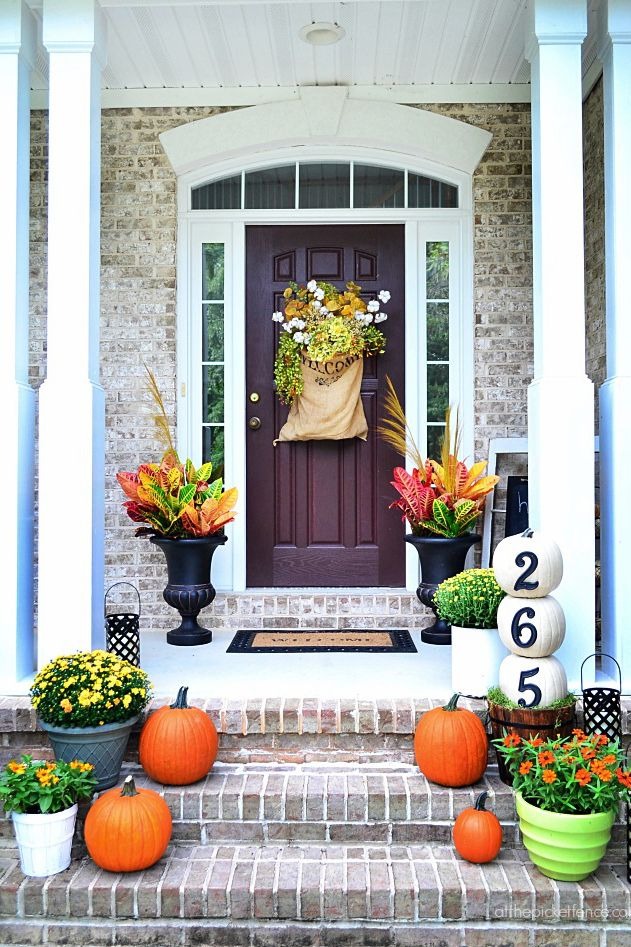 fall front door decorations37 Beautiful Ways to Decorate Your Porch for Fall  Pumpkin