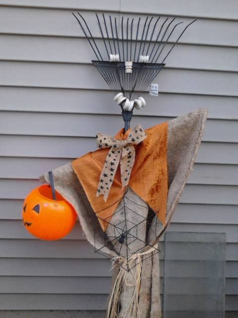 Recycle, Reuse, Rethink, Re-purposeScarecrow Garden Rake at Gold - halloween scarecrow ideas