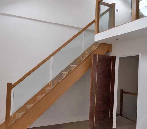 Glass Staircase Balustrade Kit: Oak Staircase With Glass Balustrade