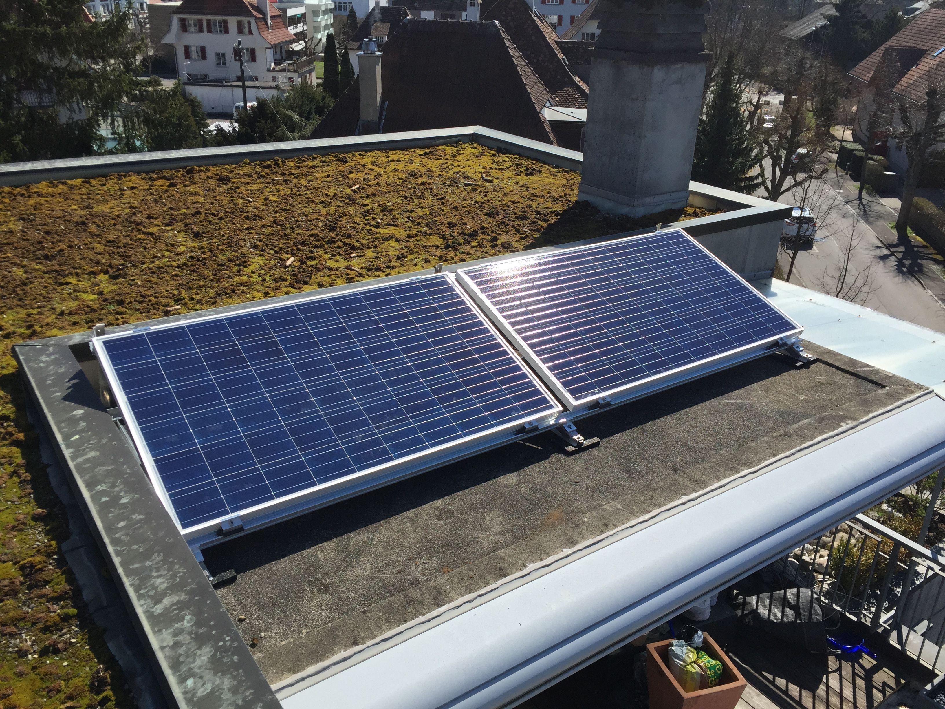 minisolarkraftwerk auf der dachterrasse solaranlage selber bauen pinterest dachterrassen. Black Bedroom Furniture Sets. Home Design Ideas