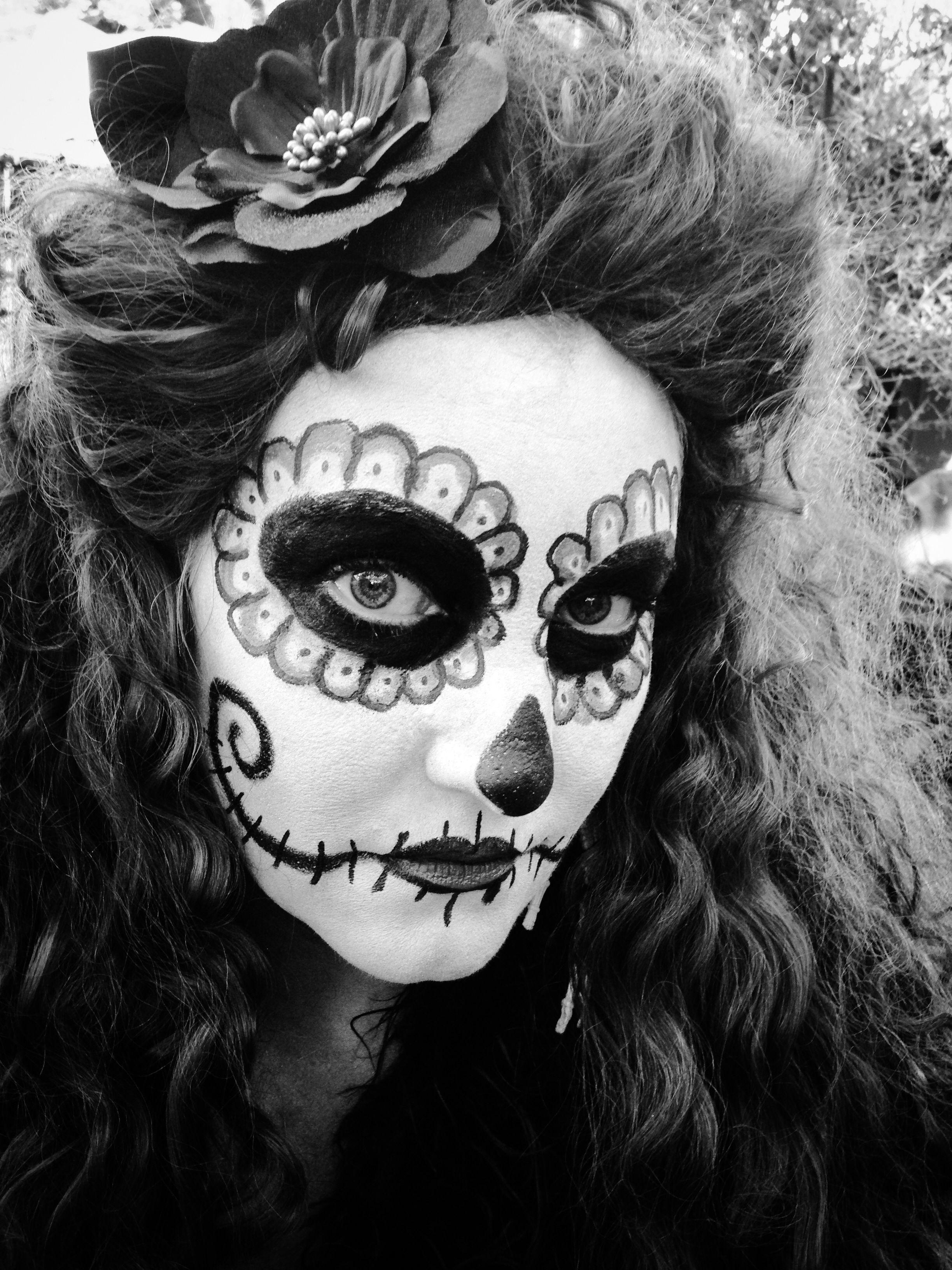 Dia de los Muertos Face Paint.