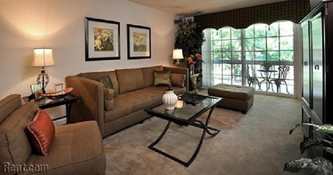 The Verona At Oakland Mills 9650 White Acre Road 4 Columbia Md 21045 825 591 Sq Ft 25 Minutes Apartments For Rent Apartment Verona