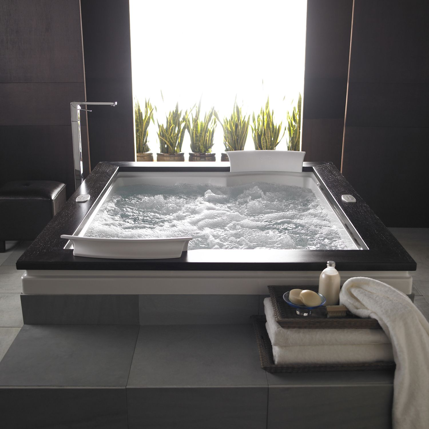 Modern elegance a tub for two | Bathroom | Pinterest | Tubs, Modern ...