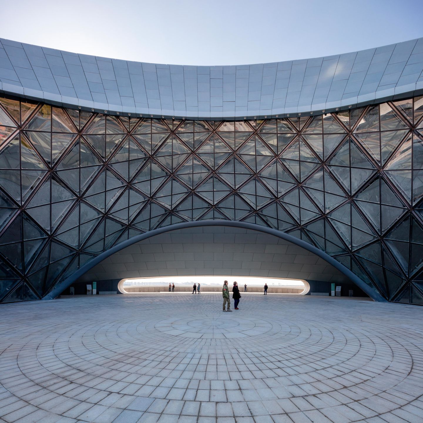 MAD Architects unveils the completed Harbin Opera House, located in the Northern Chinese city of Harbin. In 2010, MAD won the international open competition for Harbin Cultural Island, a master pla…