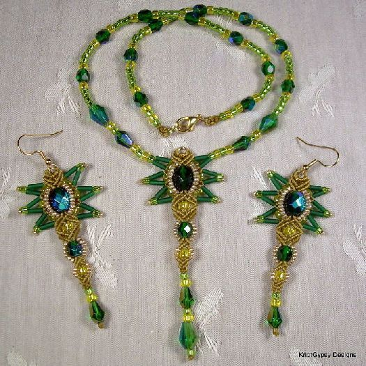 tutorial for only two dollars... micromacrame/beading: http://www.e-junkie.com/KnotGypsyDesigns/product/484367.php#StarBurst+Necklace+and+Earrings+Pattern