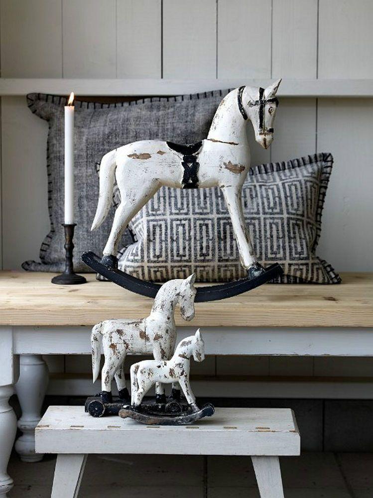 details zu troja pferd holz schauckelpferd deko shabby chic vintage holzpferd antik weiss. Black Bedroom Furniture Sets. Home Design Ideas