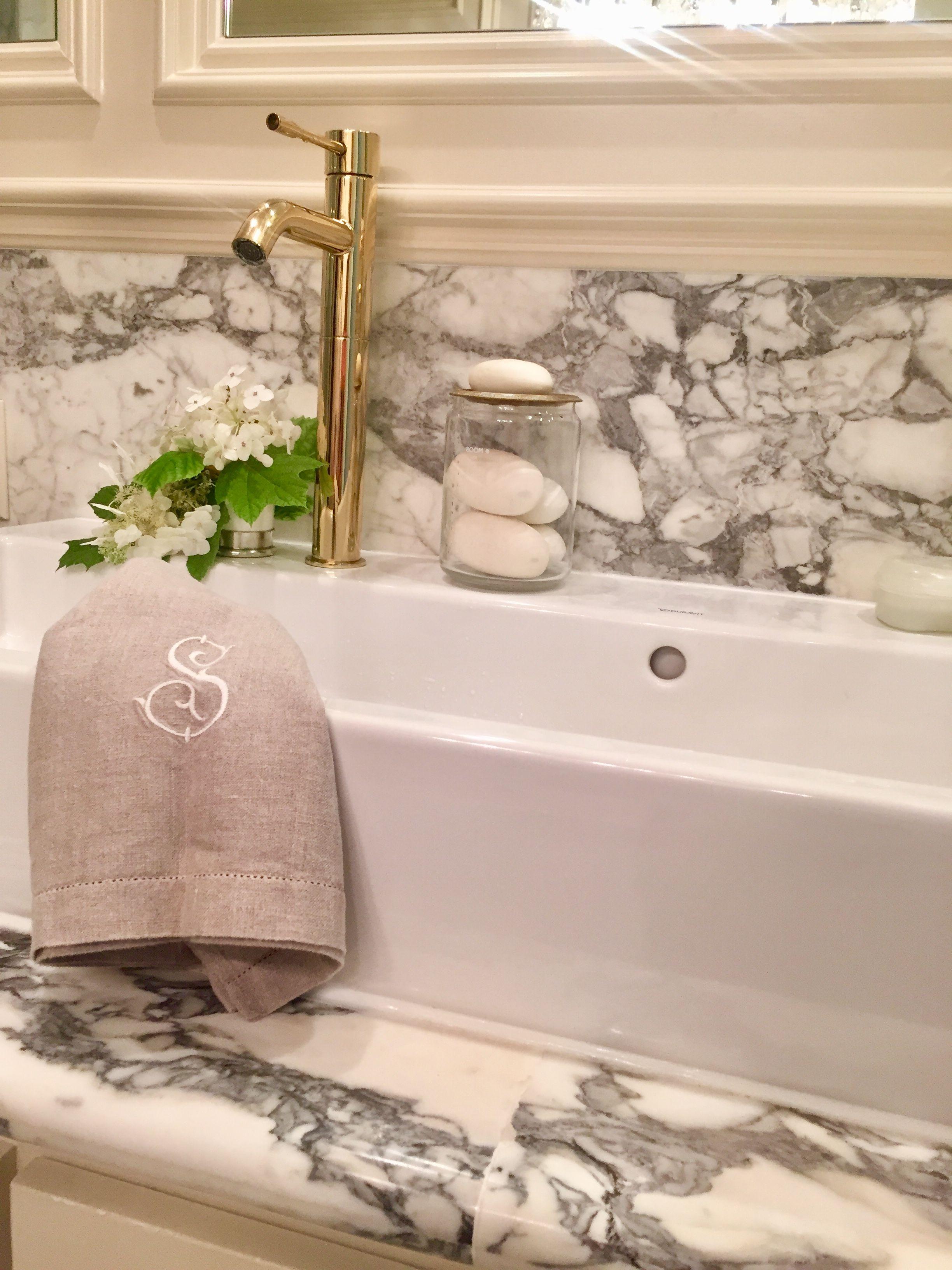 Statuario Marble Slab Back Splash Ligne Crystal Chandelier, Freestanding  Modern Duravit Double Sink And